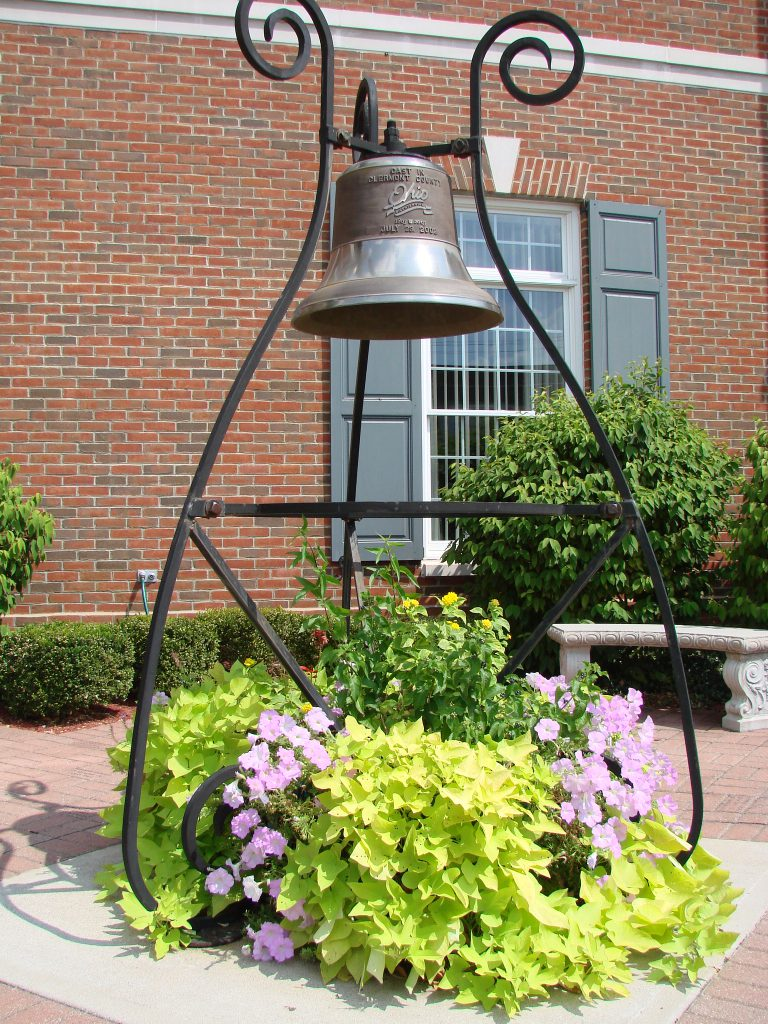 courthouse-bell